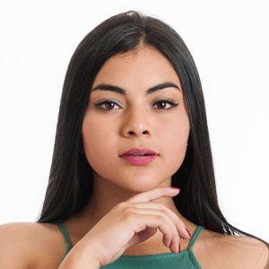 Modelo Carolinne Moreno