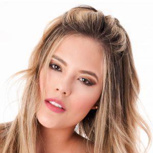 presentadora y modelo juliana sierra